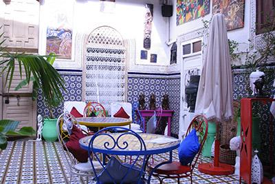 ambiance-patio-couleurs-de-lorient